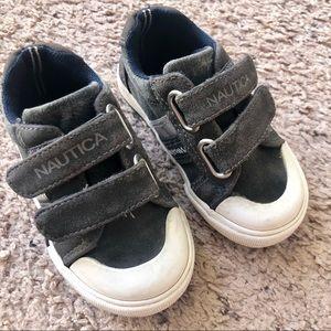Nautica size 5 Velcro shoes, gray